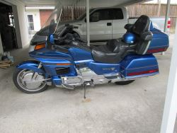 1992 Gorgeous Honda Aspencade GL1500 Plus 2 Helmets and Coms